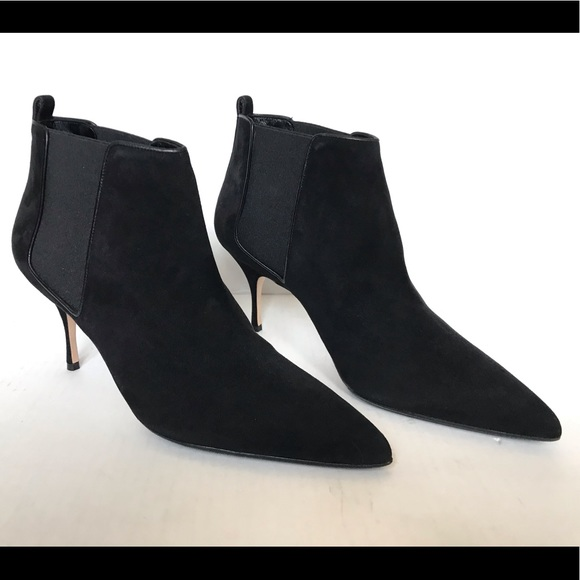 Manolo Blahnik Shoes - Manolo Blahnik Dildi Pointy Toe Boots Black Suede
